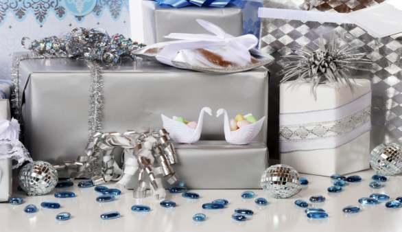 Der Geschenketisch bei einer Hochzeit
